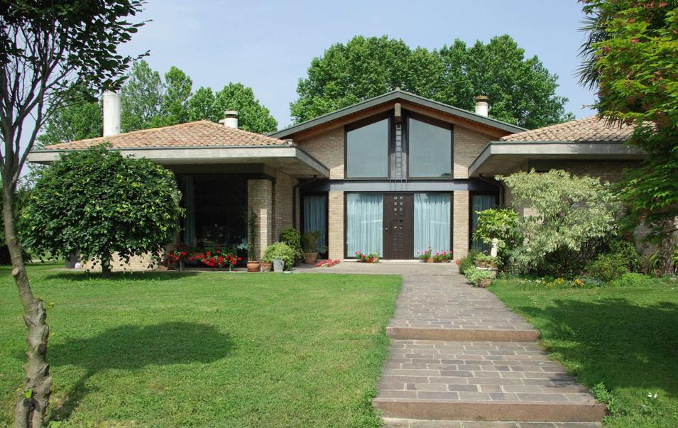 Casa unifamiliare studio bb c for Casa unifamiliare tradizionale